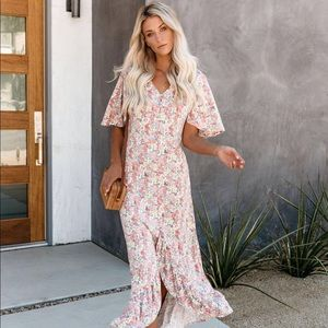 New Vici maxi floral print dress size small
